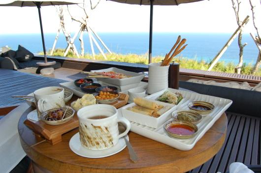 【+1元可赠电话卡】巴厘岛宝格丽下午茶+情人崖+海鲜